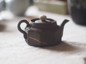 Antique Japanese Banko Teapot | Kintsugi