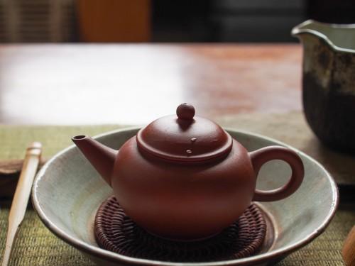 1980s Yixing Teapot | Metal Staple repair