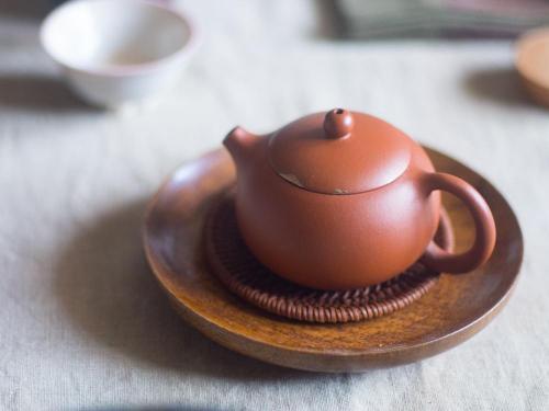 Yixing Xishi Hongni Teapot | Kintsugi